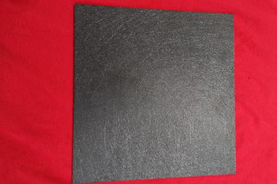 黑色合成石